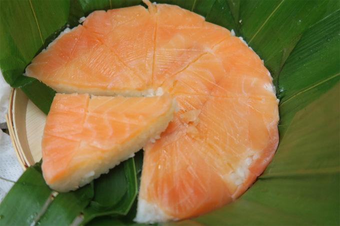 立派な鱒の寿司でした