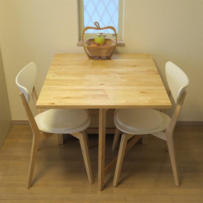 イケアの折りたたみダイニングテーブル(NORDENゲートレッグテーブル)