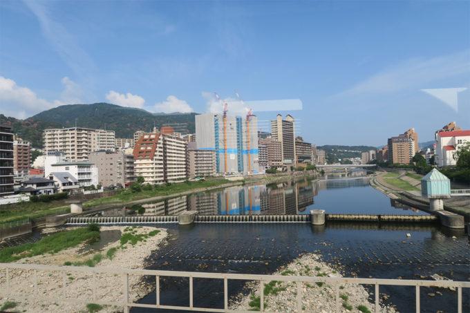 阪急電車で武庫川を渡る