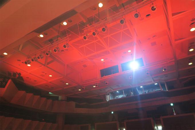 赤い照明!