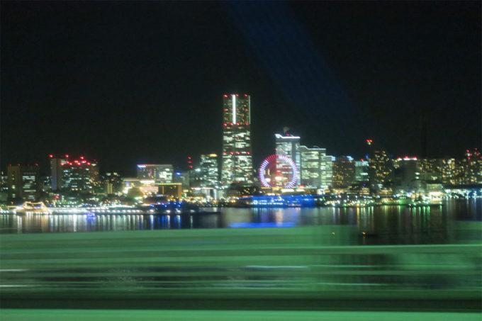 53_みなとみらいの街の明かり