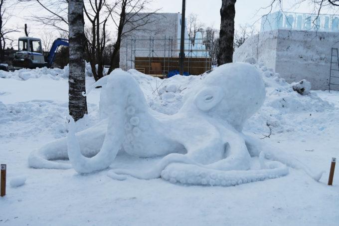 37_タコの雪像