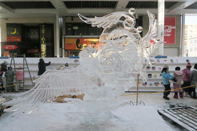 11_氷の彫刻(鷲)